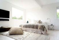 Montauk-beach-house-bedroom-decor