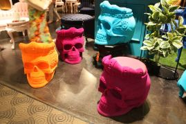 POLaRT-skull-head-seats-in-different-colors