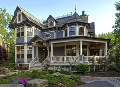 Queen-Anne-Style-House