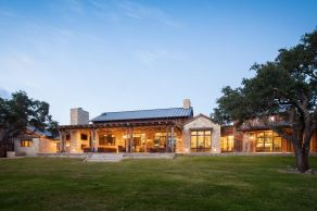 Ranch-Home-Design-cool-layout