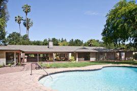 Ranch-Home-Design-patio-pool
