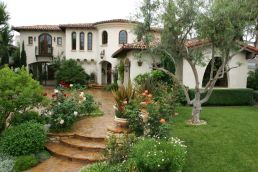 Spanish-history-house-with-rock-garden