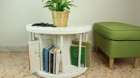 Spinning-Table-From-A-Discarded-Cable-Reel-1