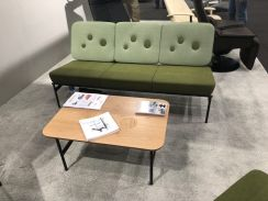 Vad-tuftuing-small-mid-century-couch