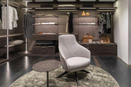 Walk-in-modern-closet-design