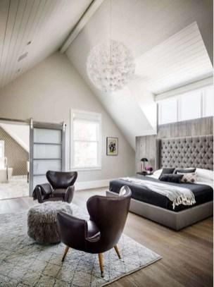 classic-Victorian-home-in-Noe-Valley-bedroom