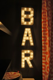 diy-bar-marquee-lights