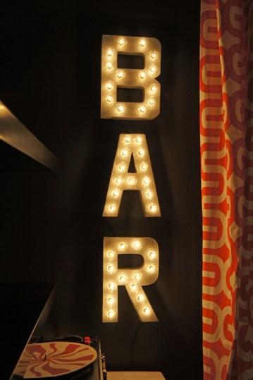diy-bar-marquee-lights