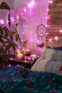 rosebud-string-lights-in-boho-bedroom