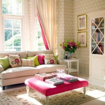 colorful-and-airy-spring-living-room-designs-12