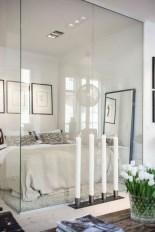 daring-glass-bedroom-design-ideas-25-554x831
