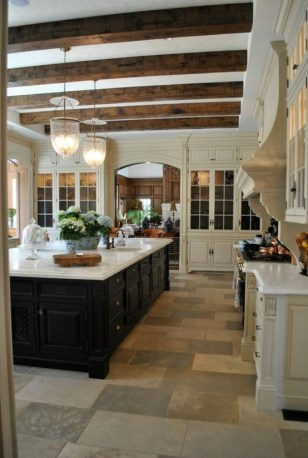 inviting-kitchen-designs-with-exposed-wooden-beams-10-554x824