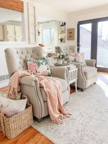 make-your-living-room-spring-like-with-pink-and-floral-touches-for-example-linens-like-here