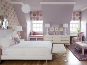 purple-accents-in-bedroom-4-554x415