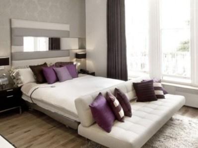 purple-accents-in-bedroom-9-554x414