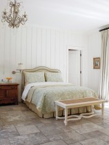 romantic-and-tender-feminine-bedroom-designs-1