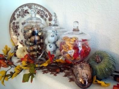 thanksgiving-mantelpiece-decor-ideas-2-554x415