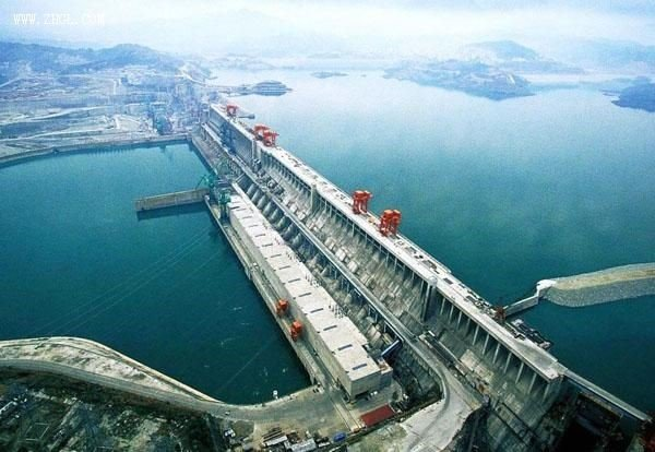 Three–Gorges dam in China (Science Vibe)