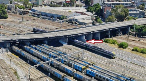 Deflection Wall provided at Dynon Rail Bridge, Melbourne, Australia