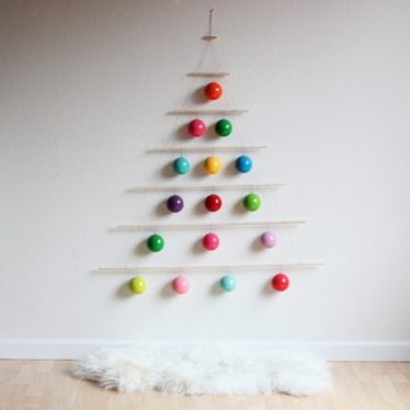 modern+christmas+hanging+tree+inspired+with+bing+smart+search