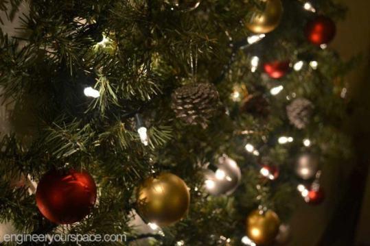 Christmas-tree-night-close-up