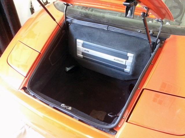 Custom sound system in a Lamborghini Diablo