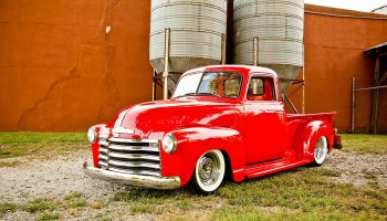 For Sale: 1940 International Truck with a Chevy V8 – Engine