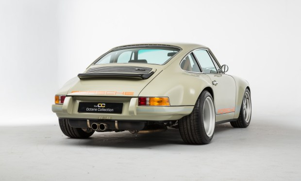 Theon 1979 Porsche 911 with a SuperCup 993 engine