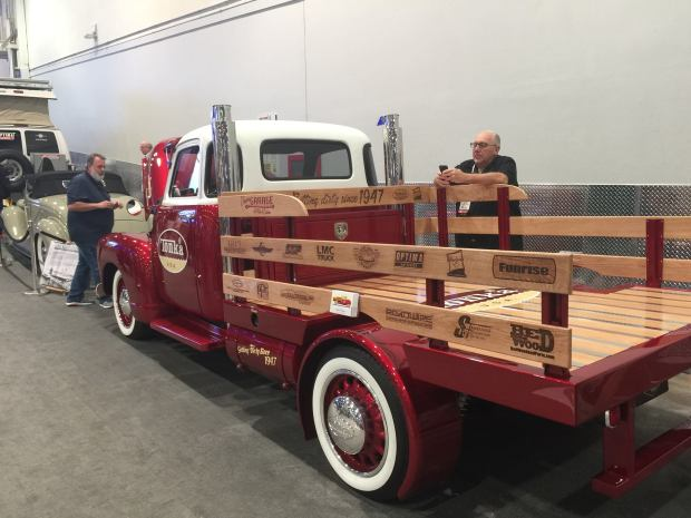 1947 Chevy Truck with a 6.7 L Cummins Inline-Six