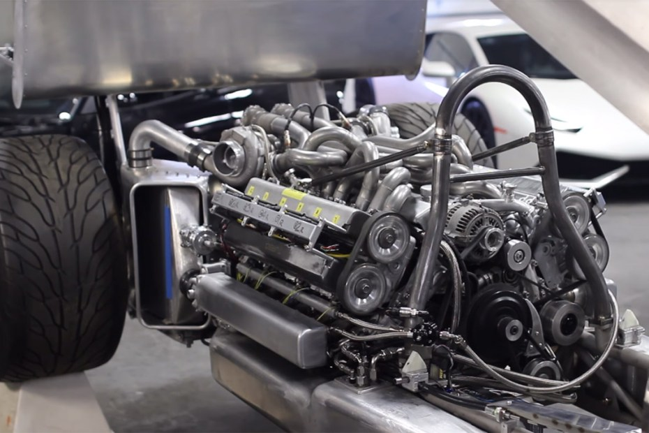 Custom twin-turbo V12 made from two Toyota 1JZ engines