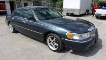 Lincoln Town Car With A Cobra Supercharged V8 Engine Swap Depot