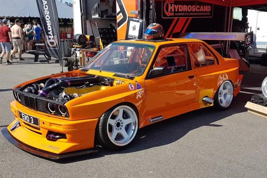 BMW E30 with a Twin-Turbo S85 V10