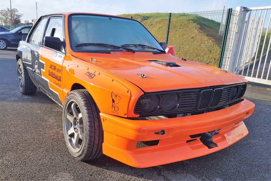 BMW E30 with a Supercharged N62 V8