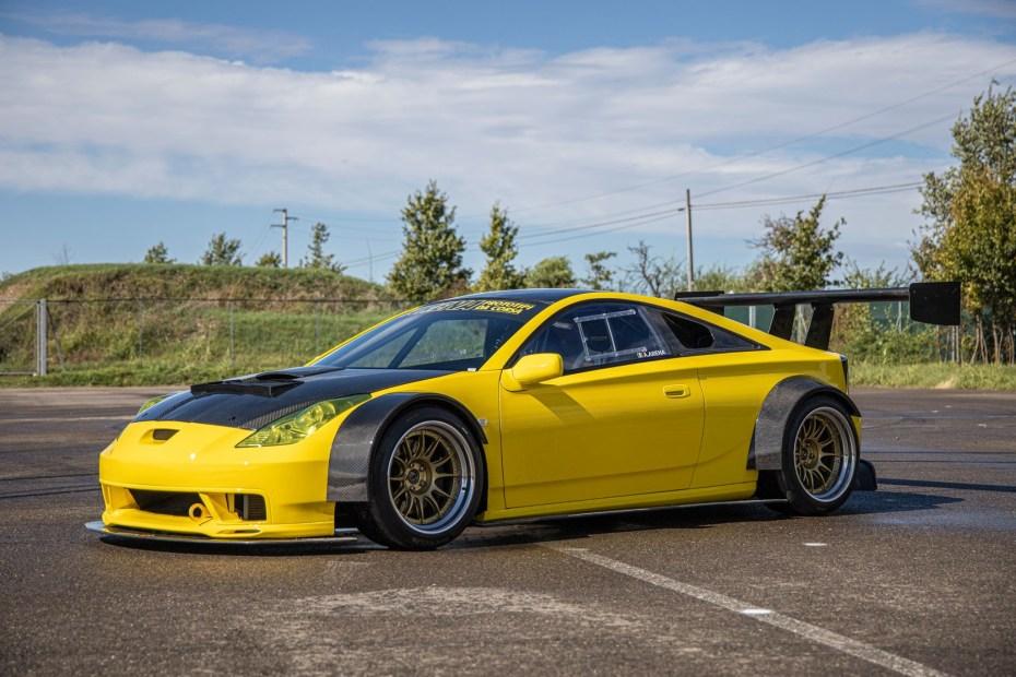 Arena Prototipi da Corsa Celica race car with a Ferrari V8