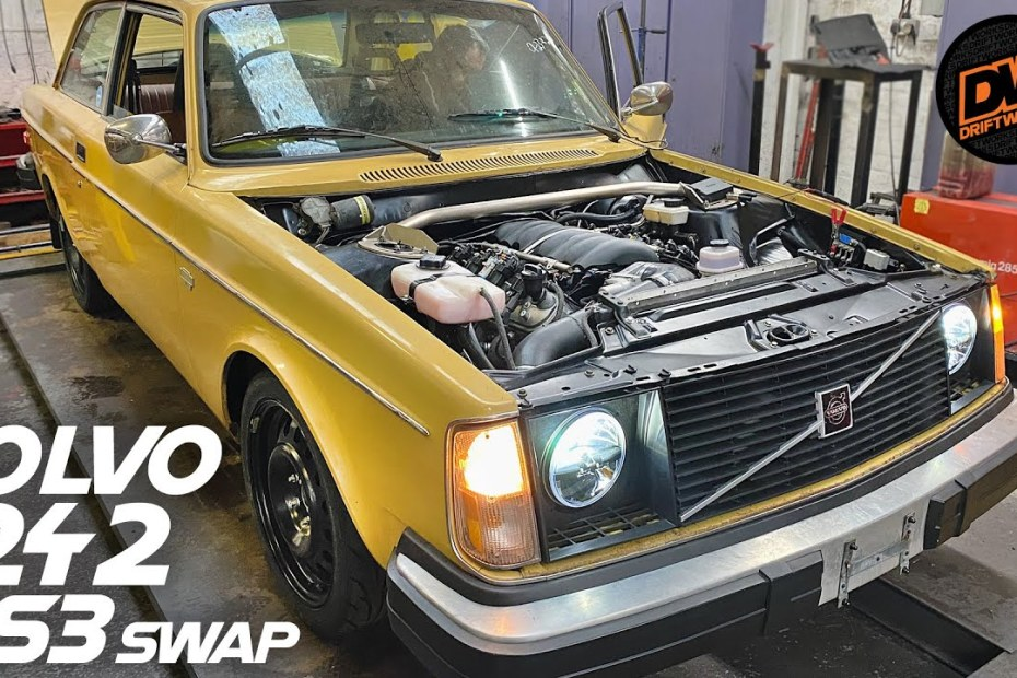 1977 Volvo 242DL with a LS3 V8