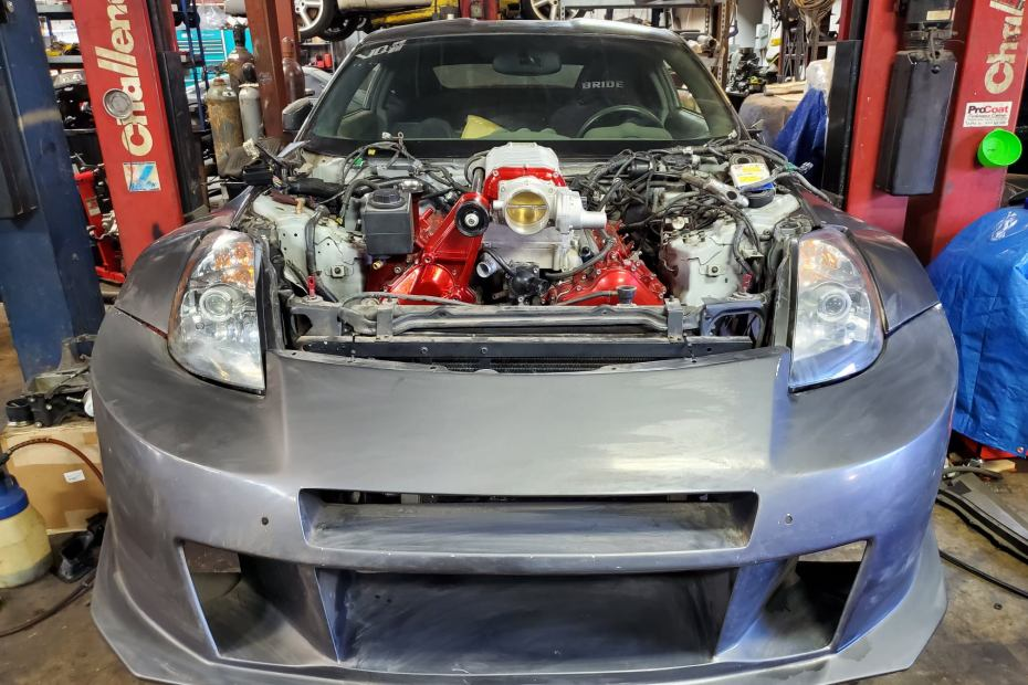 Nissan 350Z built by Fever Racing with a supercharged VK56 V8