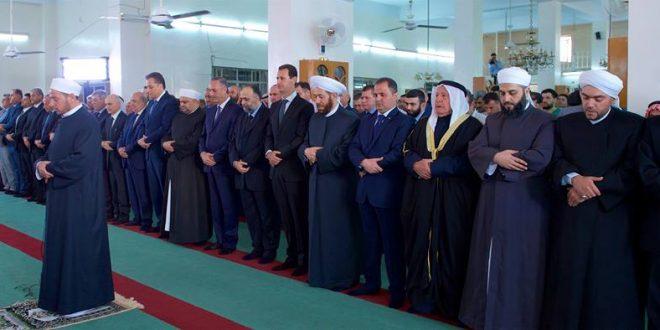 President-al-Assad-Eid-al-Adha-prayers-Sayyedna-Bilal-Mosque-Qalamoun-1-660x330