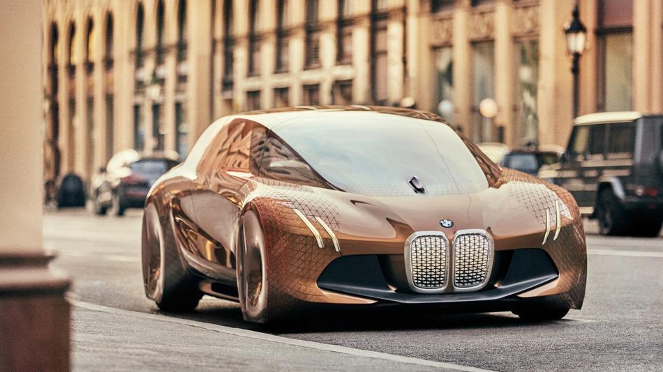 BMW promises autonomous, electric flagship for 2021 called iNext