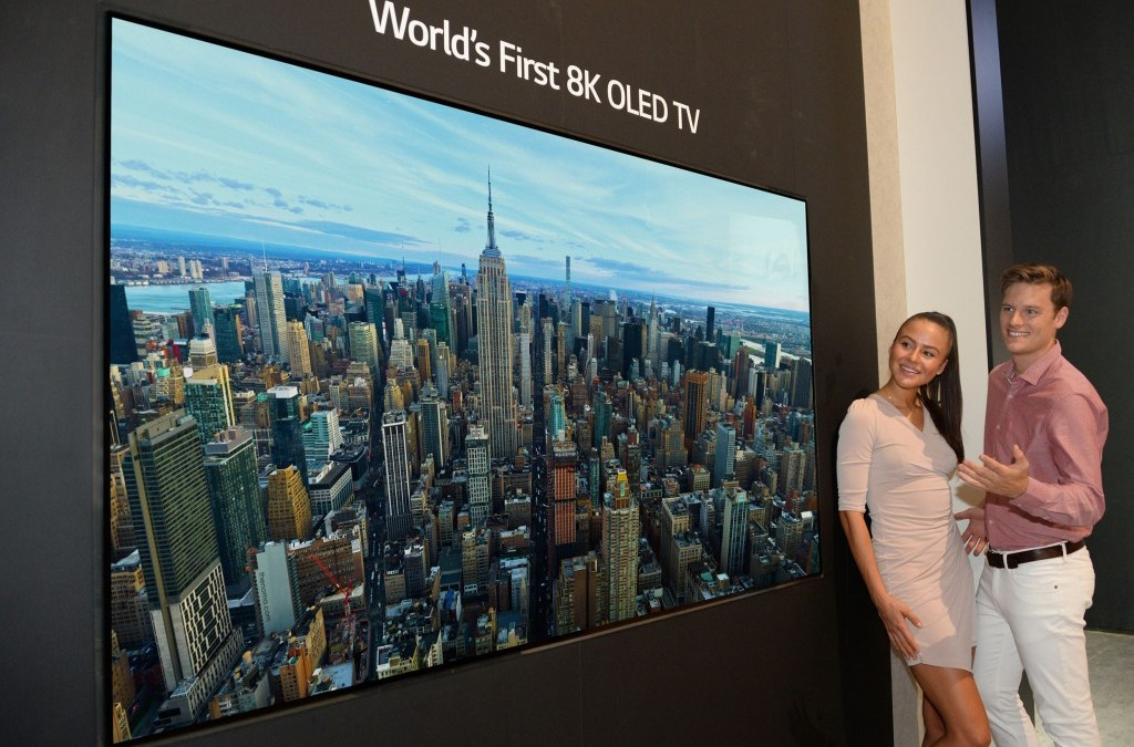 Highly Anticipated 88-inch 8K OLED TV Offers Breathtaking