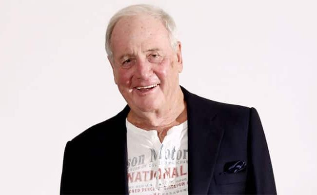 Oceans Producer Jerry Weintraub Dies At 77 And More