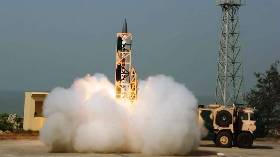 India successfully conducts interceptor missile test at night | India News | Zee News