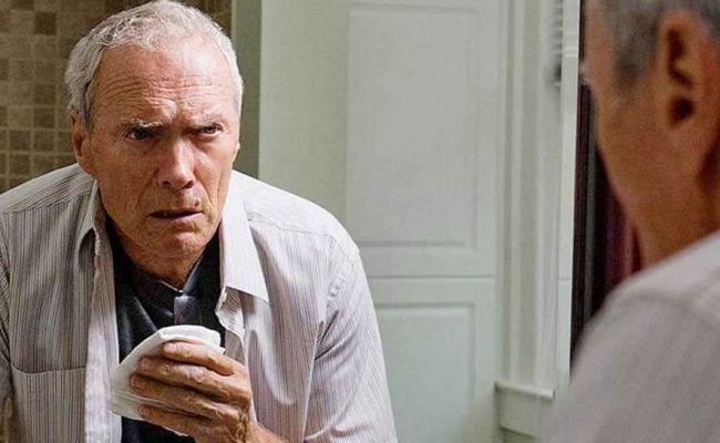 Clint Eastwood S Movie Moves To Warner Bros Movies News