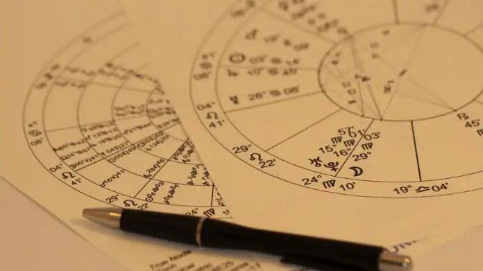 958453 horoscope simple 9 अगस्त का राशिफल एस्ट्रो संदीप कोचर द्वारा: सिंह राशि के कार्डों में कार्य में पदोन्नति है, मकर राशि वालों में जल्दबाजी न करें   संस्कृति समाचार