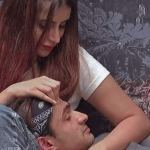 Bigg Boss 15: Ieshaan Sehgaal gets on his knees, proposes to Miesha Iyer, here's how she reacted! 💥👩👩💥