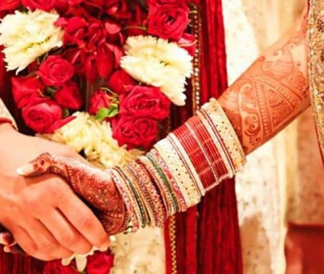 First Night Of Wedding Bride Decamps With Jewellery Worth Rs   Lakh From Her Husbands House
