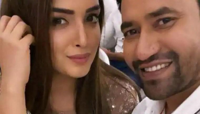 भोजपुरी फिल्मों में धमाल मचाने वाली निरहुआ और आम्रपाली की जोड़ी, अपनी पोस्ट से सोशल मीडिया पर भी धमाल मचा रही है- सूचना