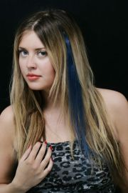 human hair clip- stripe -dark