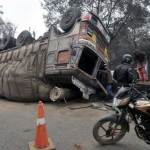 15 labourers run over by truck in India