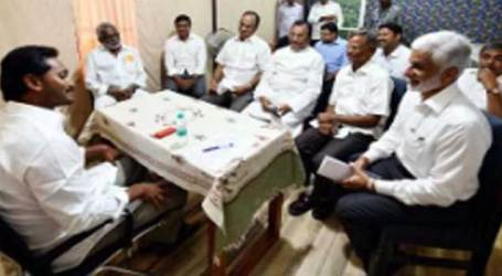SCS to AP : YSRCP MPs will resign on last day of ongoing budget session : Jagan