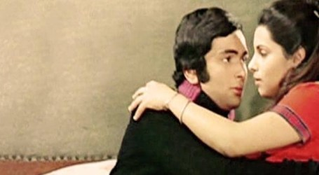 Rishi Kapoor wishes his 'Bobby' co-star Dimple Kapadia on her birthday